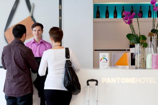 Pantone-31