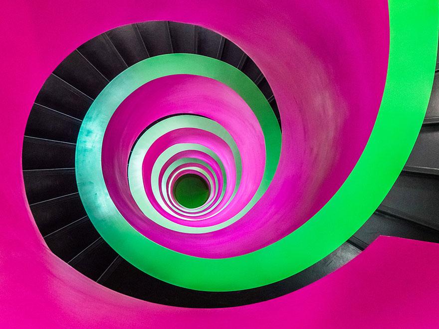 17 conceitos de escadas em espiral criativas