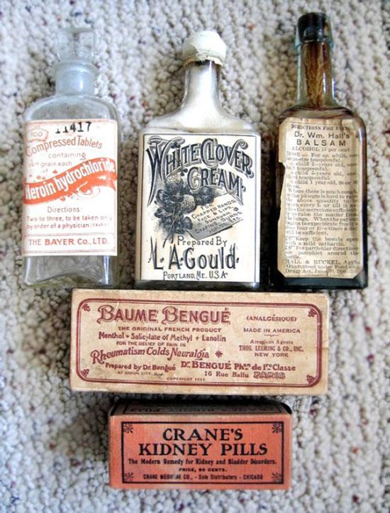 Vintage-Farmacy-Bottles