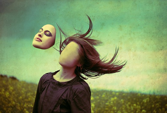 faceless-composition-photo-manipulation