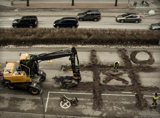 roadworkers-coffee-break-photo-manipulation
