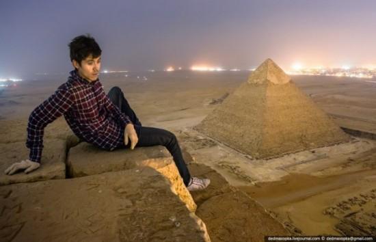 russos-na-piramide-do-egito6