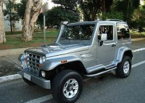 Jipe-Troller-T4-4x4-Diesel