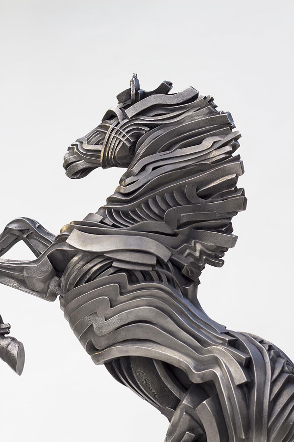 14-horse-steel-scultpure-by-gil-bruvel