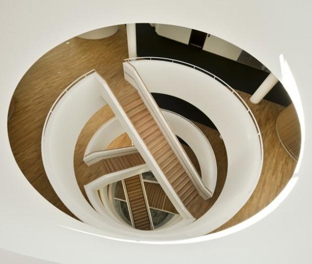 escada-criativa-em-expiral-4