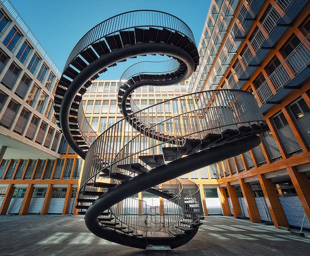 escada-criativa-em-expiral-9