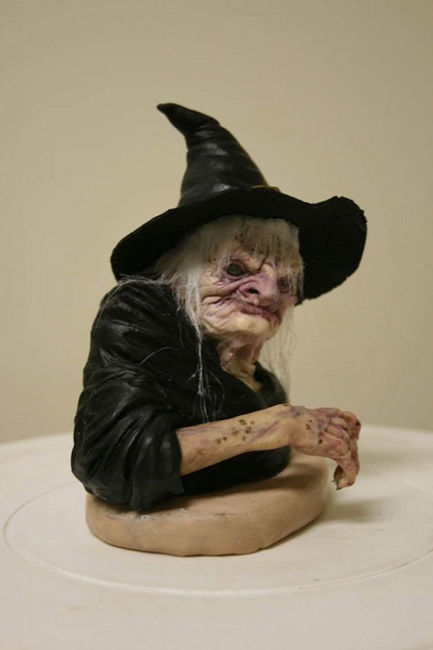 11-witchy-bust-realistic-sculpture