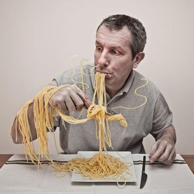 12-noodles-photo-manipulation-by-pierre-beteille