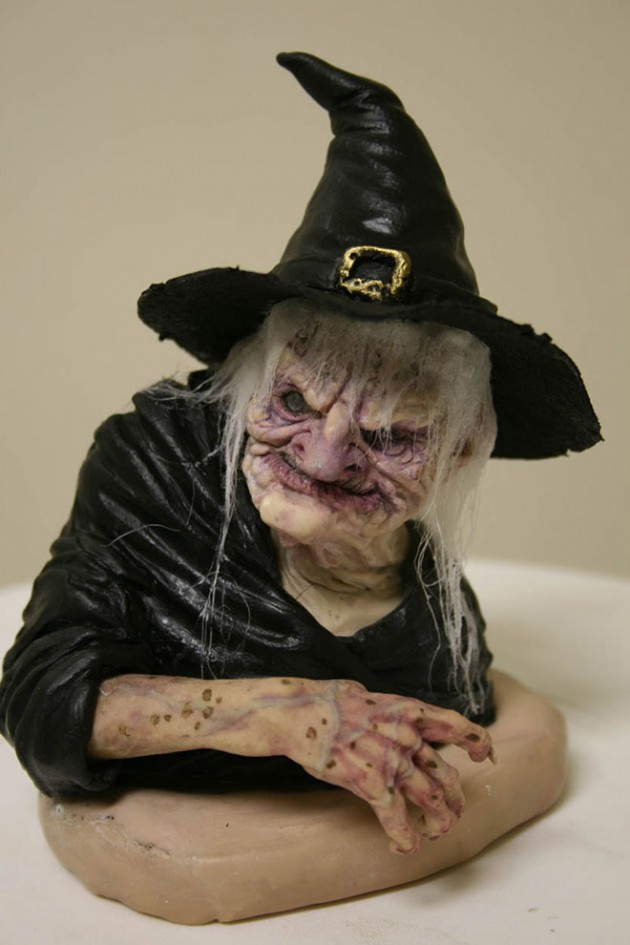 12-witchy-bust-realistic-sculpture