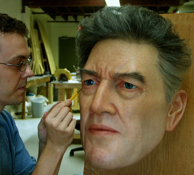 19-hyper- Realistic-sculptures-by-jamie-salmon