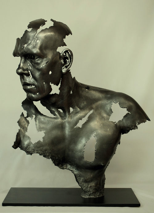 22-hyper- Realistic-sculptures-by-jamie-salmon