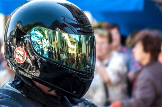 24-helmet-andres-reflection-photography.preview