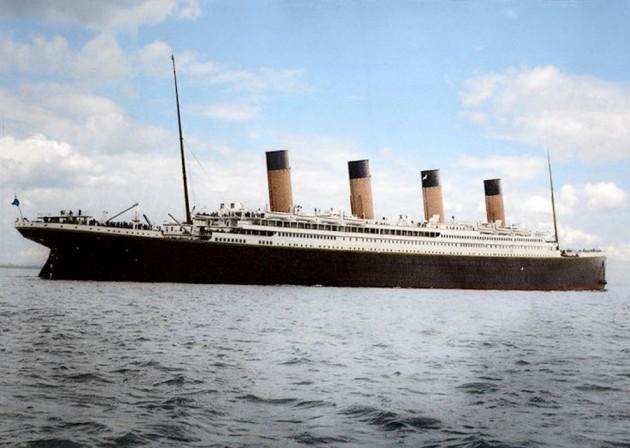 Titanic in Colorenhanced-buzz-wide-10191-1377287149-21