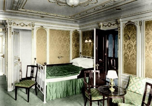 Titanic in Colorenhanced-buzz-wide-18470-1377285226-7