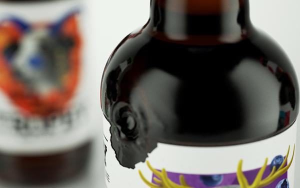 11-trophy-glass-bottle-beer-design