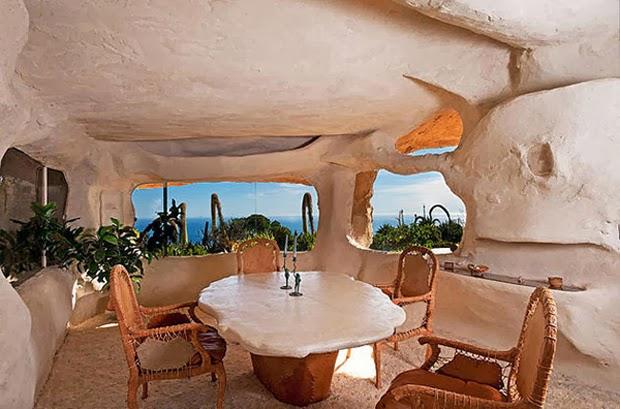 Casal-constrói-casa-inspirada-na-do-Flintstones-na-Califórnia-2