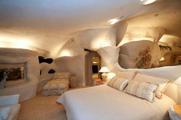 Casal-constrói-casa-inspirada-na-do-Flintstones-na-Califórnia-3