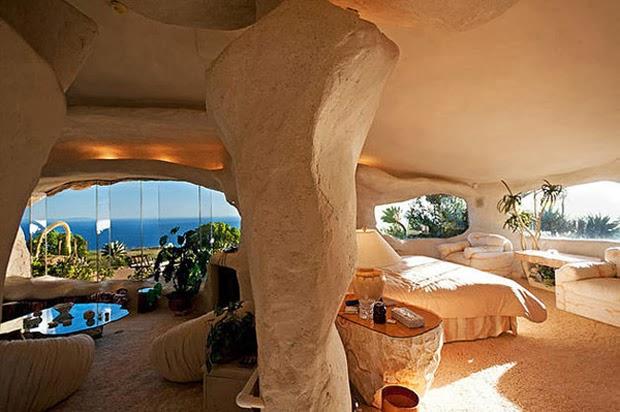 Casal-constrói-casa-inspirada-na-do-Flintstones-na-Califórnia-5
