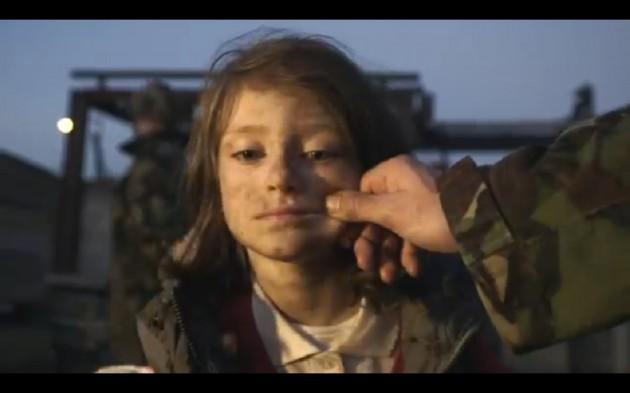 Vídeo-mostra-o-dia-a-dia-feliz-de-uma-criança-interrompida-pela-guerra-da-Síria2-630x393