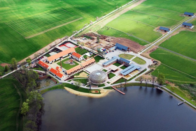 1329580681_the_stork_nest_farm_sgl_projekt_1327431438_mainimage_02_aerial_view