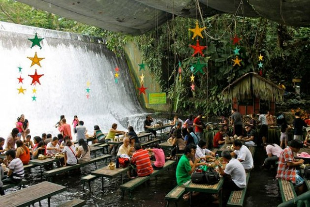 Labassin Waterfalls Restaurant (Filipinas)