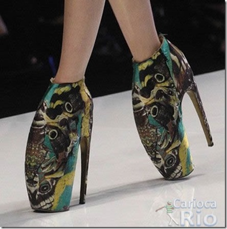 733f3dc93 No post temos 30 Sapatos mais criativos e diferentes que você já viu. Vai  que você não goste de algum e queira comprar(Sinceramente nós preferimos os  da ...
