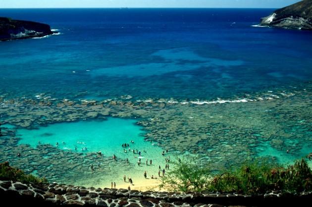 2173677-Famous-Hanauma-Bay-Oahu