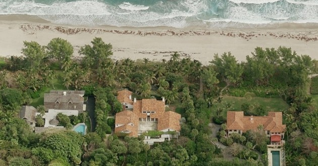9) Flor Locales en Palm Beach, Florida;  propiedad de Ken Griffin.  Valorado en $ 130 millones