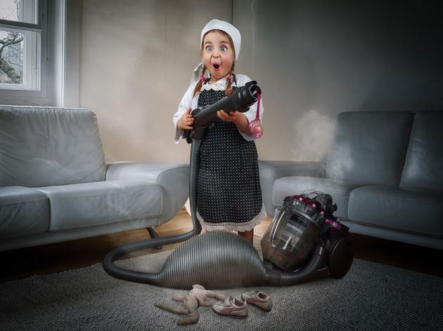 creative-dad-children-photo-manipulations-john-wilhelm-10-630x472