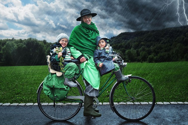 creative-dad-children-photo-manipulations-john-wilhelm-15-630x420