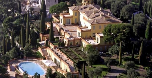2) Villa Leopolda en Villefranche-sur-mer, Francia;  propiedad de brasileña Lily Safra.  Valorado en 50 millones de euros