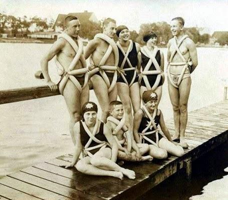 Assim eram os coletes salva vidas em 1930.