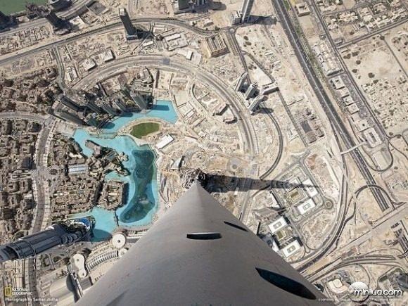 #5 - Do alto do Burj Khalifa, o prédio mais alto do mundo