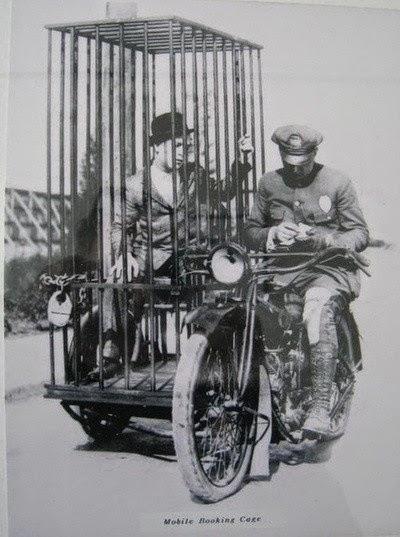 Cela Móvel da polícia em 1921