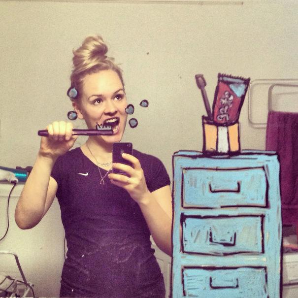 I-drew-these-mirrorselfies-on-my-bathroom-mirror2__605