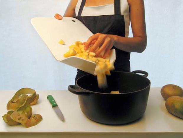 Descascador de Batatas para despejar na panela