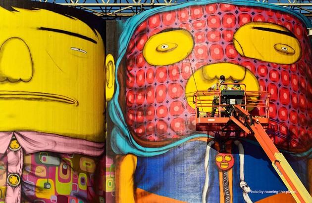 giants-graffiti-industrial-silos-os-gemeos-11