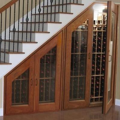 Sua escada pode virar uma adega de vinhos