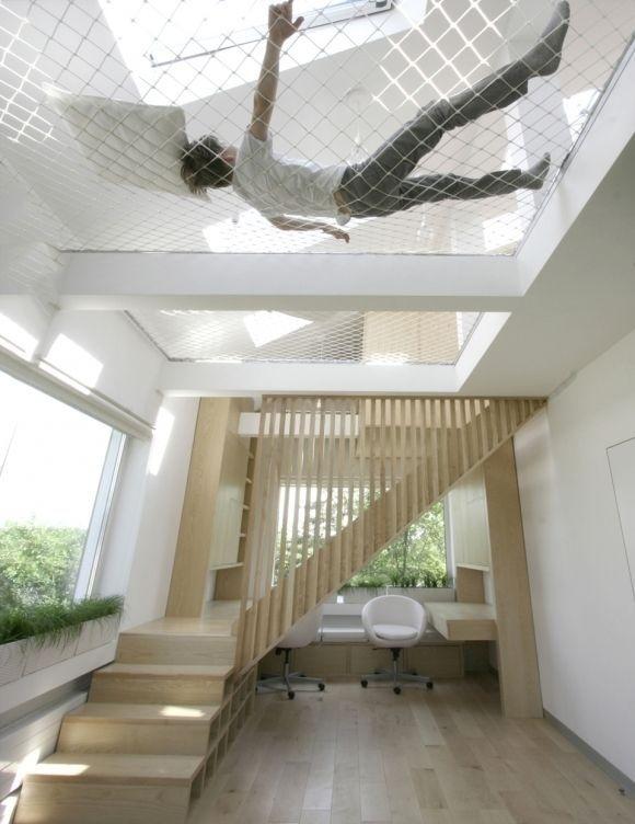 Utilizando o espaço da casa para descansar :)