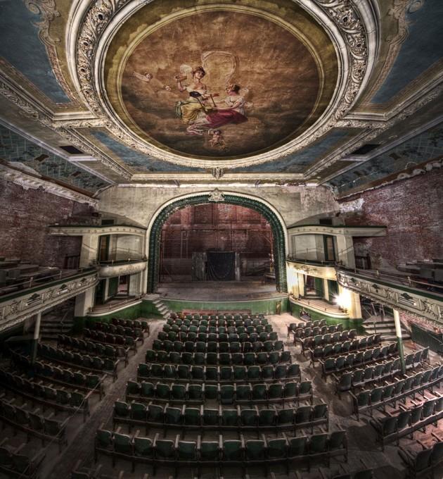 #13 - Hauting New Bedford Orphuem. Um Teatro Abandonado em Massachusetts, EUA