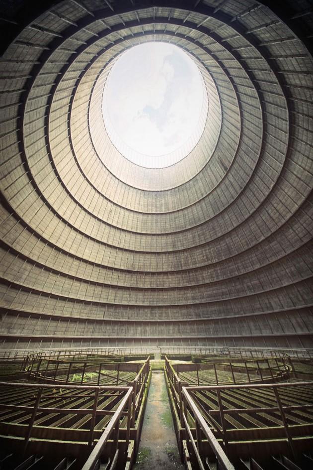 #1 - Torre de Resfriamento na Bélgica.