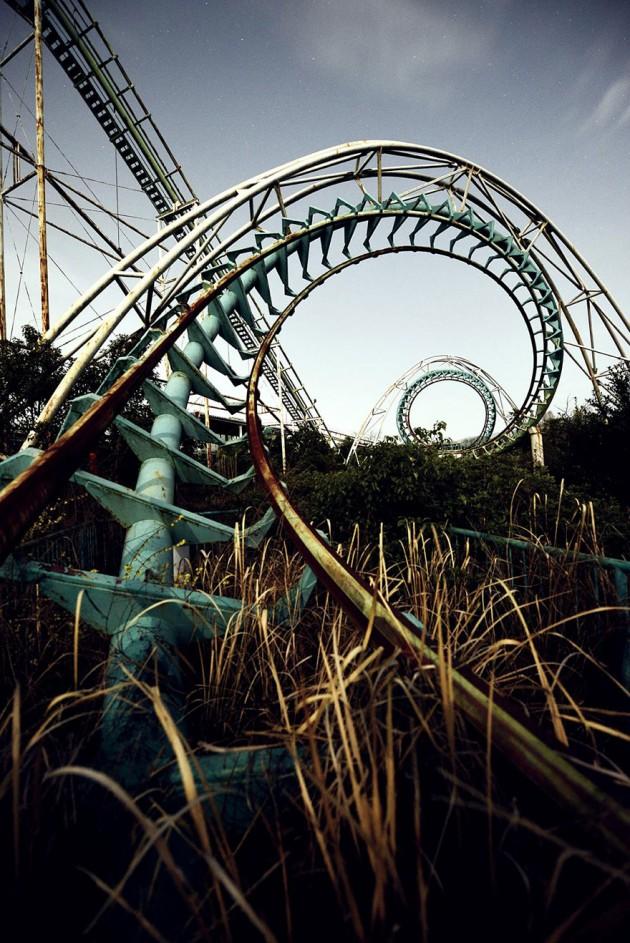 #8 - Nara Dreamland, Japão. O Parque era pra ser inspirado na Disneylandia mas foi fechado em 2006.