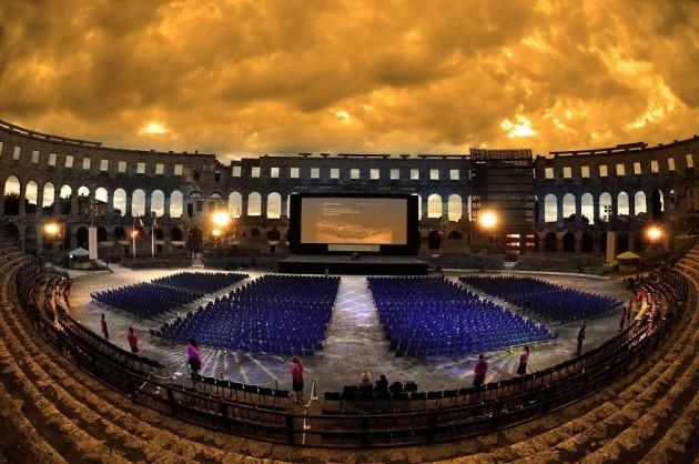 #9 - Arena Theater - Pula, Croácia.
