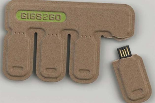 #19 - USBs Descartáveis espalhadas pela cidade.