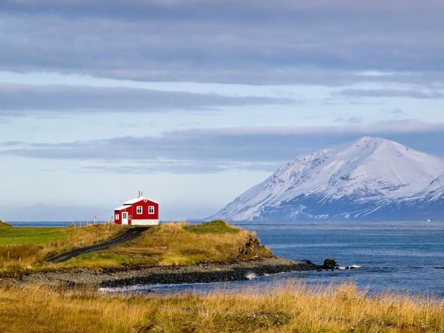 Casa Vermelha, Islândia
