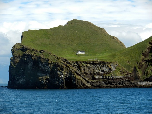 A Solitária Casa Da Ilha De Elliðaey, Islândia