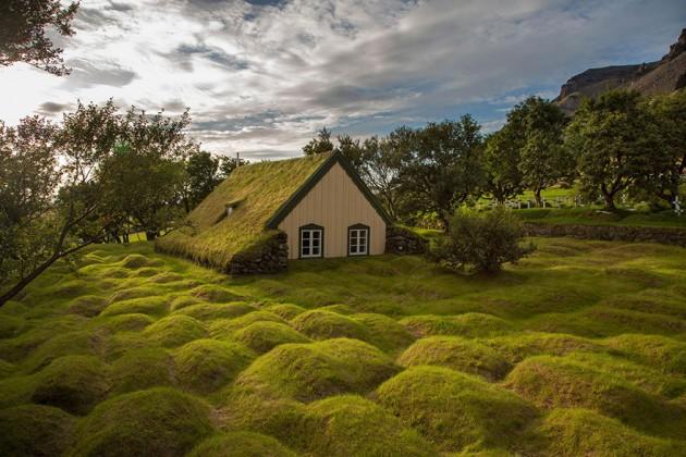 Hofskirkja, Islândia