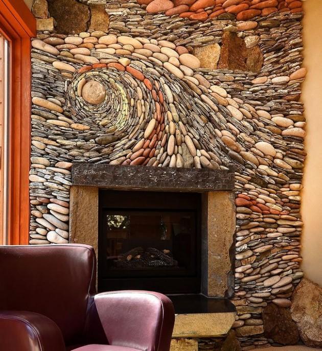 Parede da lareira estilizada com pedras