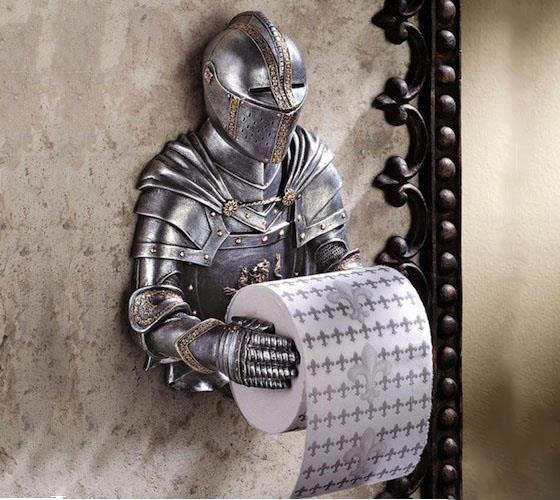 #16 - Suporte medieval de papel higiênico.