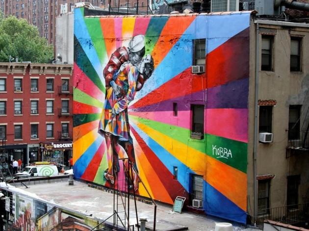 """#20 - """"O Beijo"""" de Eduardo Kobra! em Manhattan"""